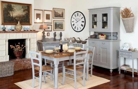 Nábytok a dekorácie v duchu romantiky