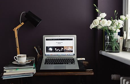 Vytvorte si inšpiratívne miesto na prácu v 5 krokoch