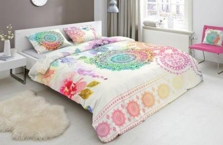 Kvetinové vzory a letné farby pre príjemný spánok