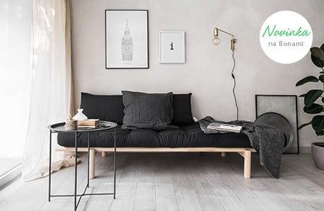 Pohovky, postele, vešiaky a stolíky v ikonickom severskom dizajne