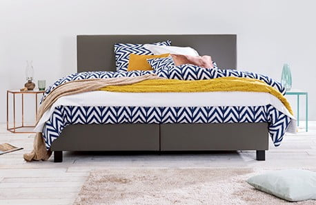 Luxusné spálne s Revor a Woodendot