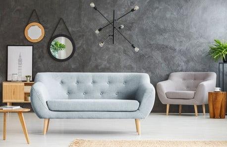 Dizajnové pohovky presvetlýatmavý interiér