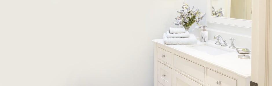 Kúpeľňa plná elegantných doplnkov