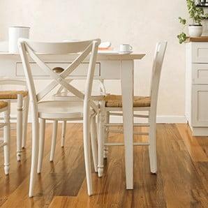 Drevené, plastové, kovové stoličky a všetky čakajú len na vás