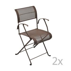 Sada 2 hnedých skladacích stoličiek s opierkami na ruky Fermob Dune