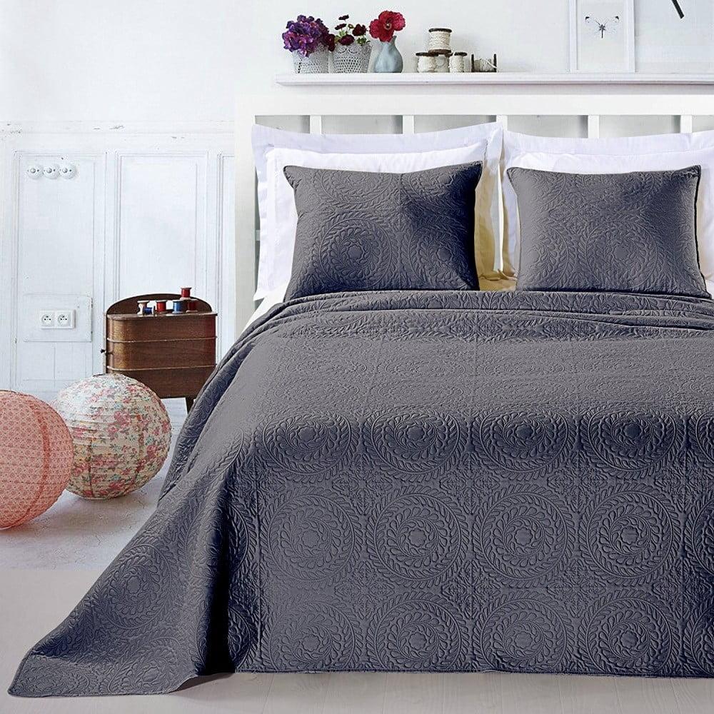 Sivý set obliečky na vankúš a plédu z mikrovlákna DecoKing Elodie, 240 × 260 cm