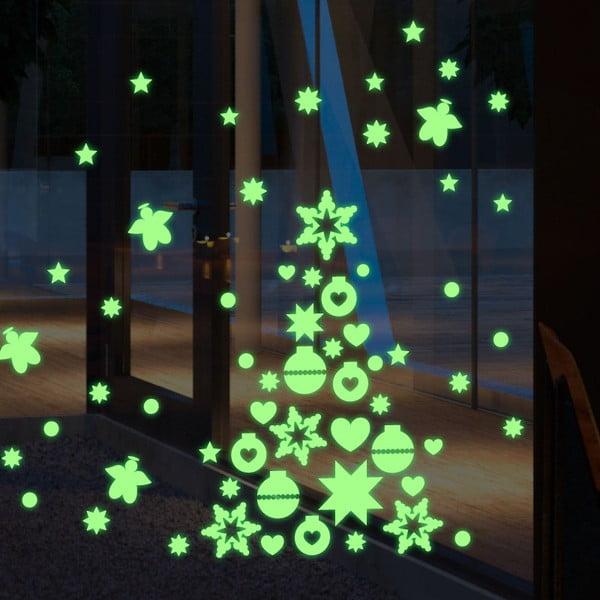 V tme svietiaca samolepka Green Christmas