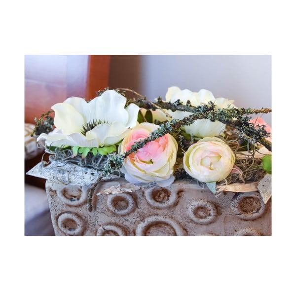 Kvetinová dekorácia od Aranžérie, svetlý iskerník