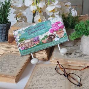Vešiak Antique Gardening Essentials