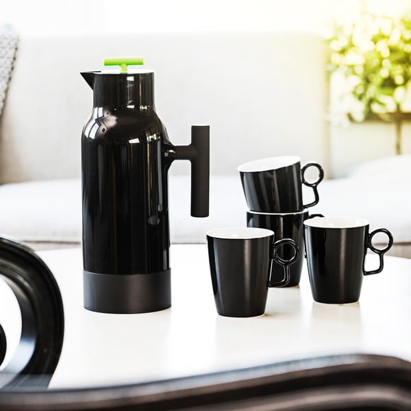 Čierna termokanvica na kávu Sagaform Accent