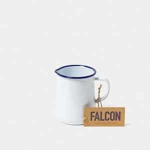 Biely smaltovaný džbán Falcon Enamelware OnePint, 586 ml