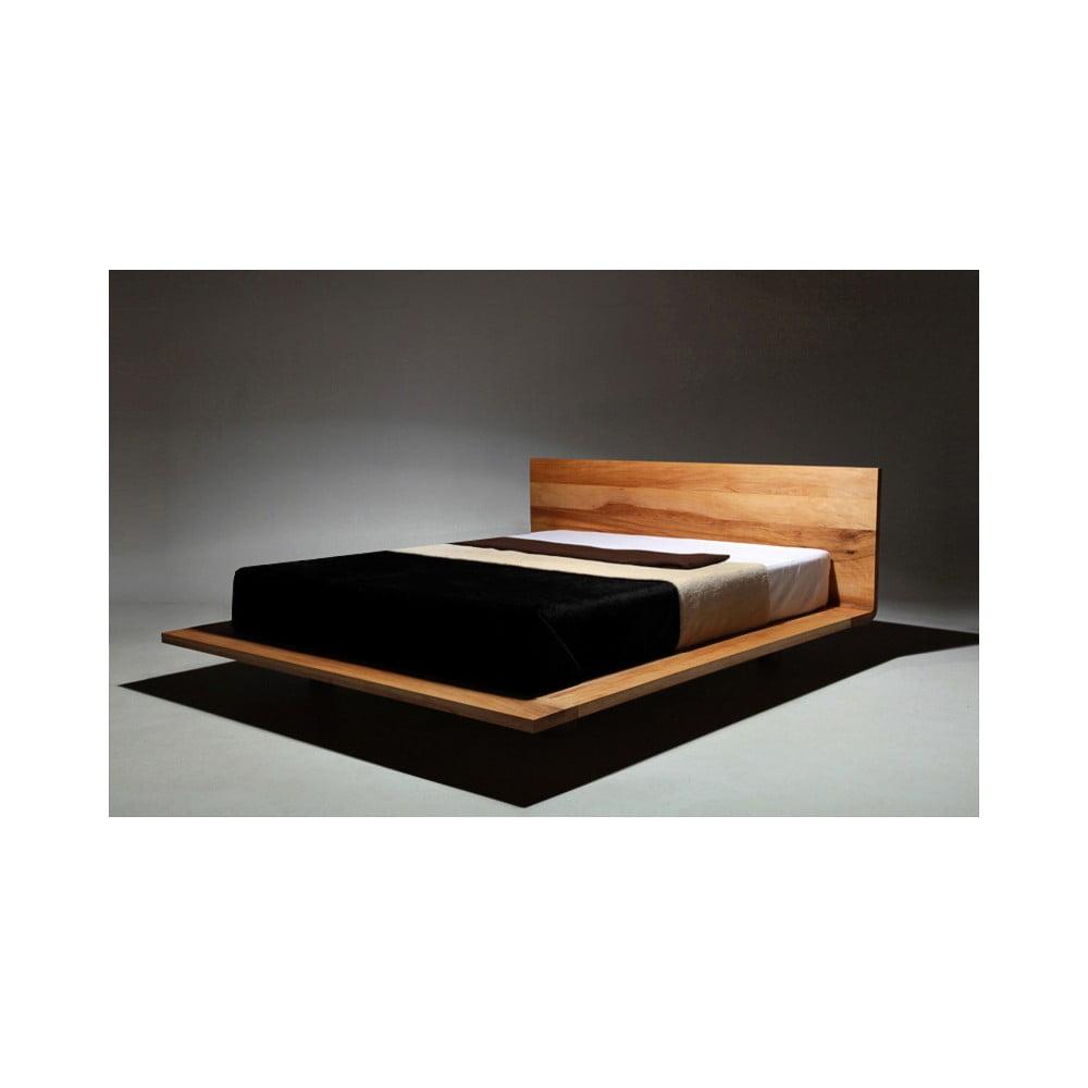 Posteľ z olejovaného jelšového dreva Mazzivo Mood, 120 × 210 cm