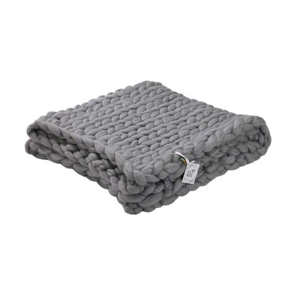 Sivý ručne pletený pléd z merino vlny WeLoveBeds, 180 × 140 cm