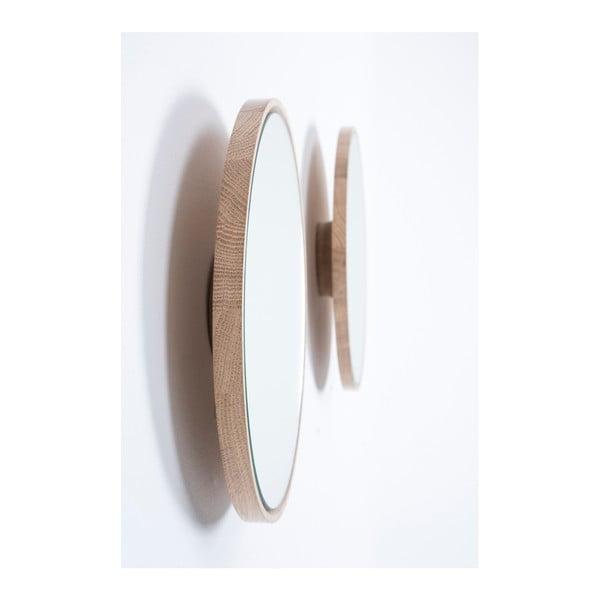 Nástenné zrkadlo s rámom z masívneho dubového dreva Gazzda Look, ⌀32cm
