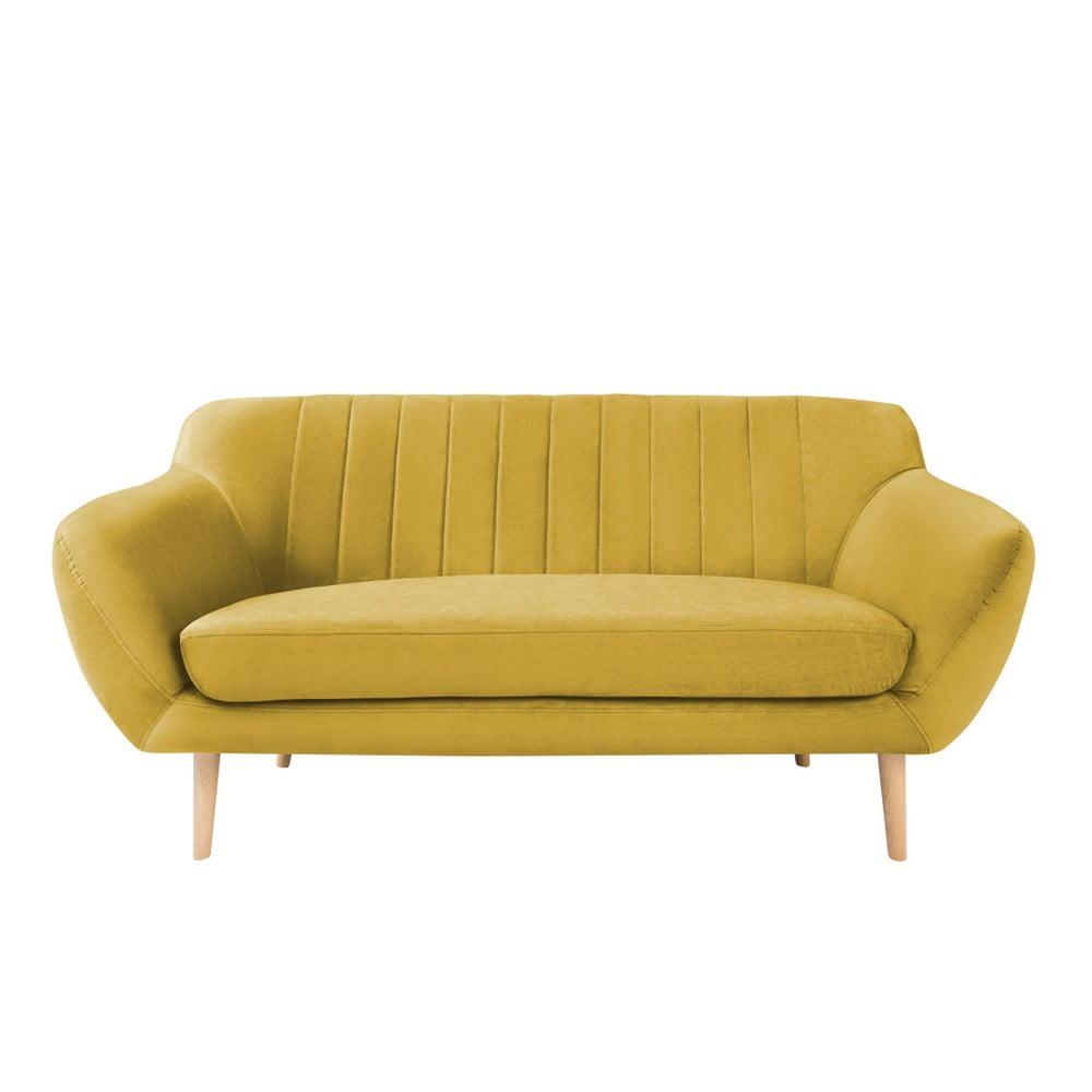 Žltá dvojmiestna pohovka so svetlými nohami Mazzini Sofas Sardaigne