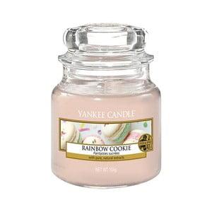 Vonná sviečka Yankee Candle Dúhové Makrónky, doba horenia 25 - 40 hodín