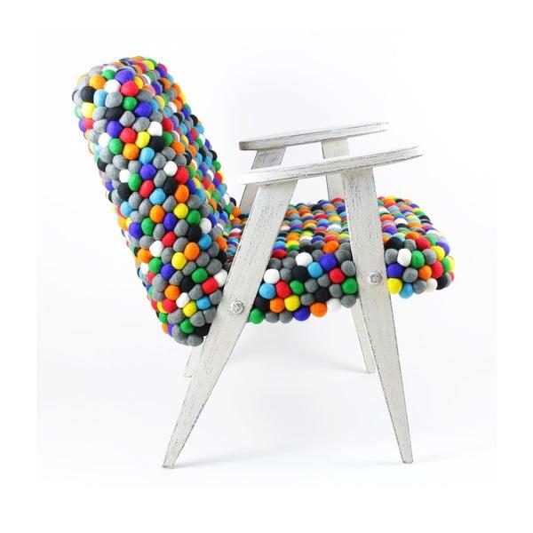 Ručne vyrobené guličkové kreslo Pills