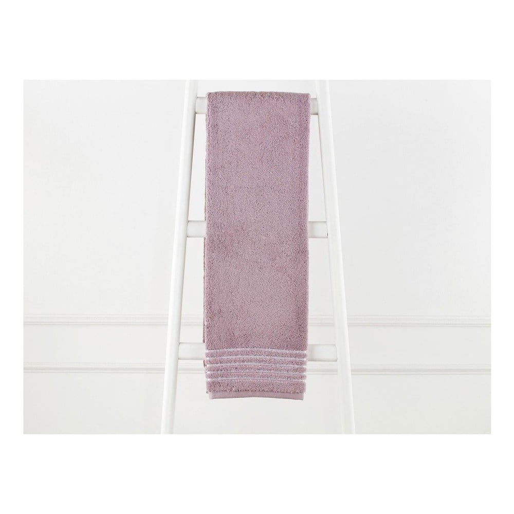 Svetlovínový bavlnený uterák Elois, 70×140 cm
