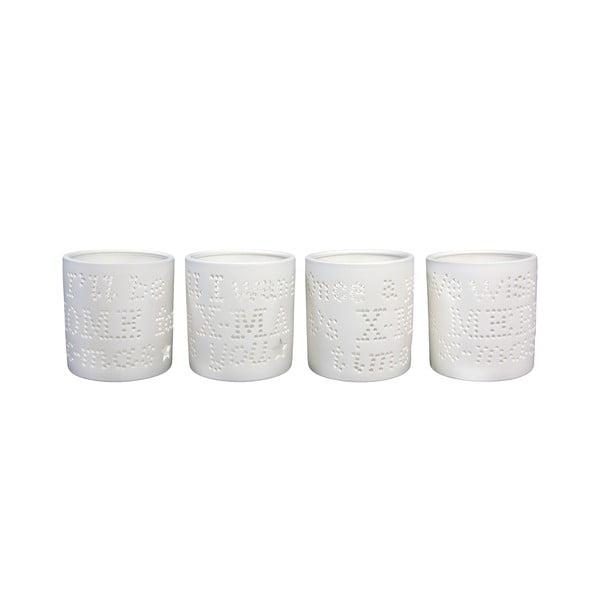 Sada štyroch porcelánových svietnikov svyrezávanými písmenami