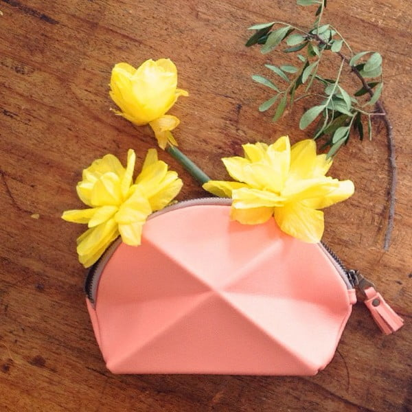Listová kabelka/kozmetická taškaPyramid, krémová