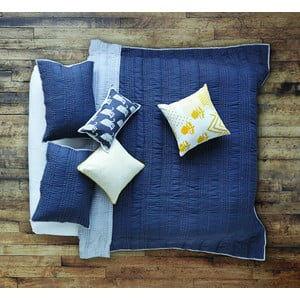 Prikrývka na posteľ Shanti Pale Blue, 180x220 cm