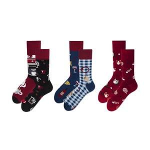 Set ponožiek v darčekovom balení Many Mornings Brunch Cats and Wine, veľ. 43–46