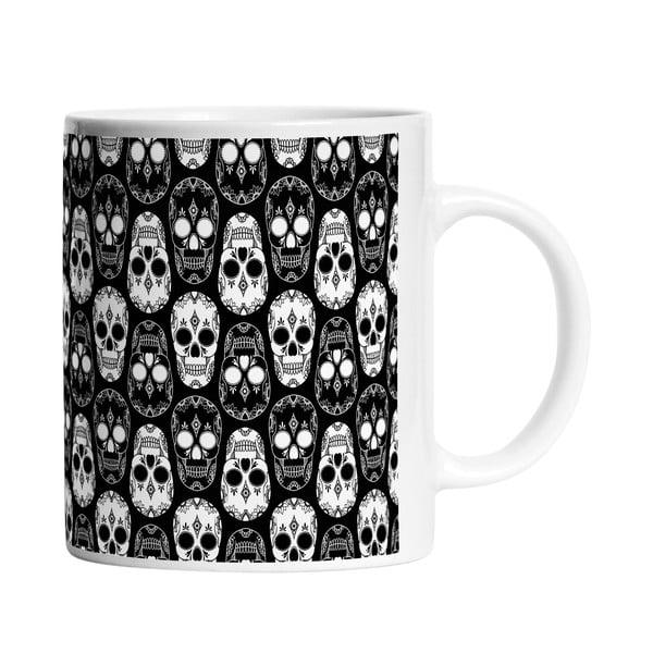 Keramický hrnček Black and White Skulls, 330 ml