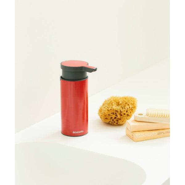 Červený dávkovač na mydlo Brabantia Hian