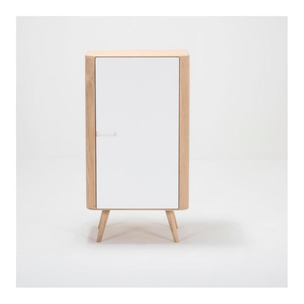 Skriňa z dubového dreva Gazzda Ena, 60 × 42 × 110 cm