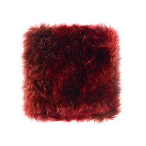 Tmavočervený vankúš z ovčej kožušiny Royal Dream Sheepskin, 45 x 45 cm