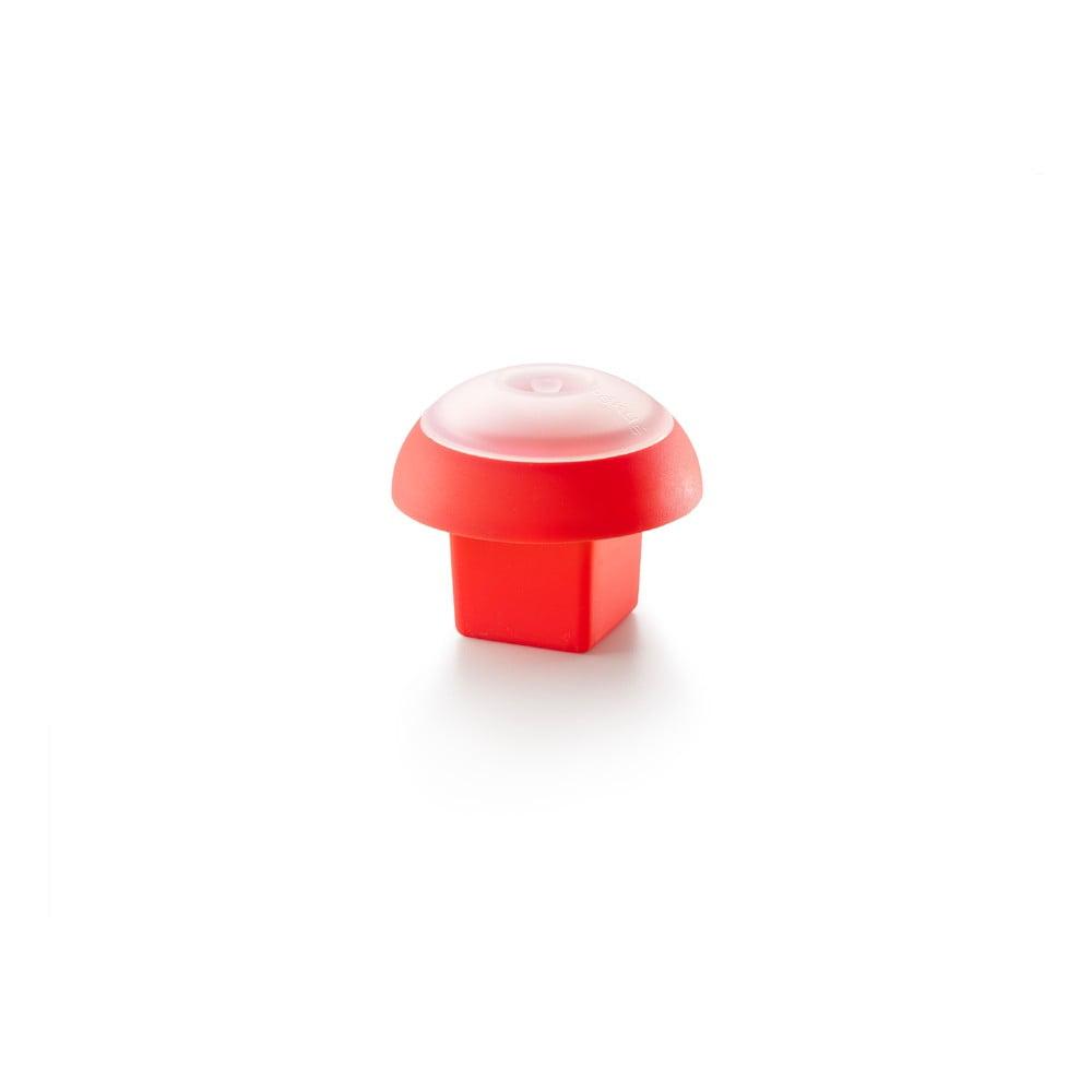 Červená hranatá silikónová formička na varenie vajec v mikrovlnnej rúre Lékué Ovo, ⌀ 10 cm