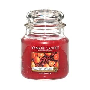 Vonná sviečka Yankee Candle Mandarínky s brusnicami, doba horenia 65 - 90 hodín