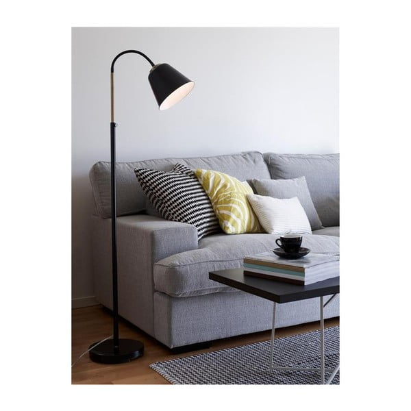 Čierna stojacia lampa Markslöjd Kolding
