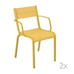 Sada 2 žltých kovových záhradných stoličiek Fermob Oléron Arms