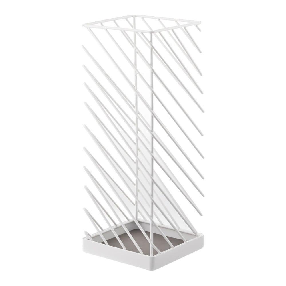 Biely stojan na dáždniky YAMAZAKI Slash, šírka 18 cm