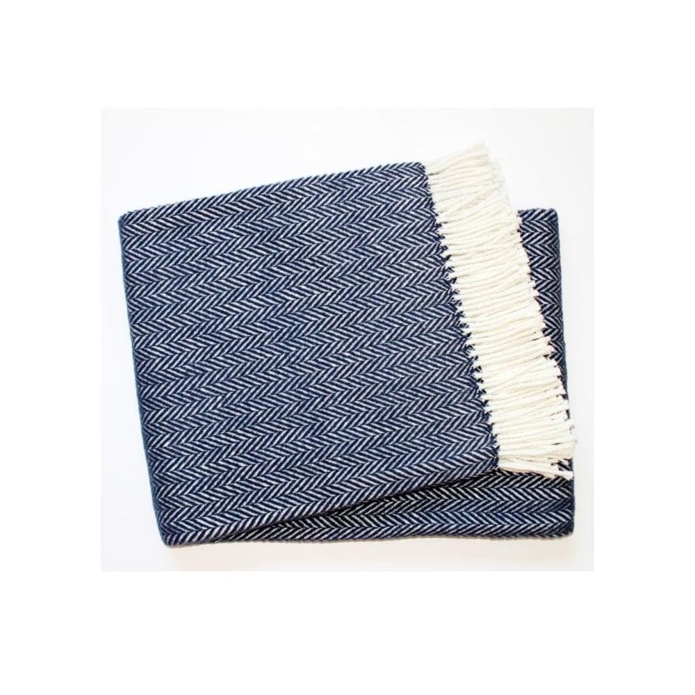 Námornícky modrý pléd s podielom bavlny Euromant Skyline, 140 × 180 cm
