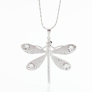 Náhrdelník so Swarovski Elements Laura Bruni Dragonfly