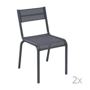 Sada 2 antracitovosivých kovových záhradných stoličiek Fermob Oléron