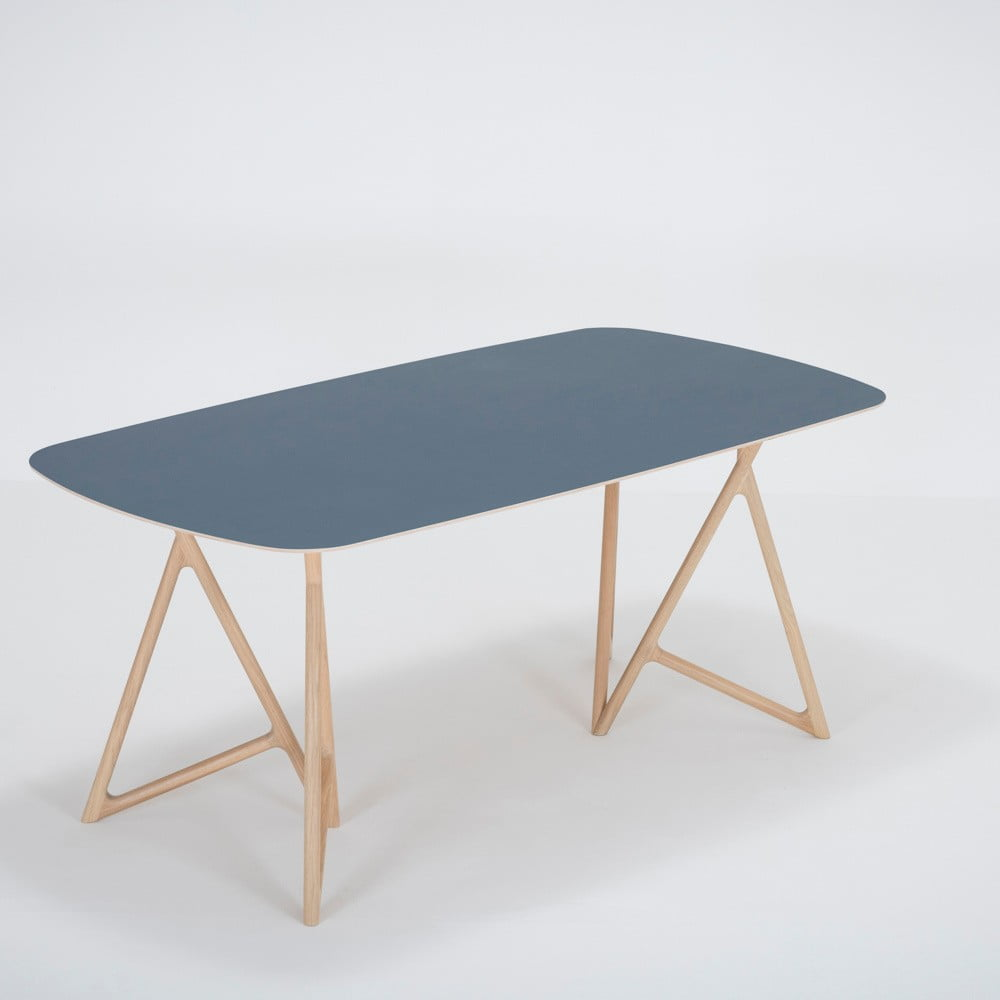 Jedálenský stôl z masívneho dubového dreva s tmavomodrou doskou Gazzda Koza, 180 × 90 cm