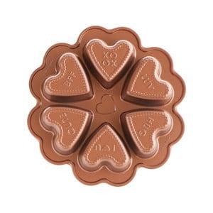 Forma na 6 mini báboviek v tvare srdca v medenej farbe Nordic Ware Valentine, 500 ml