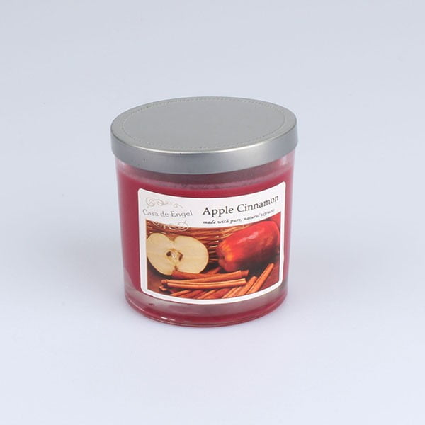 Vonná sviečka s vôňou jablka a škorica