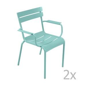 Sada 2 nebesky modrých stoličiek s opierkami na ruky Fermob Luxembourg