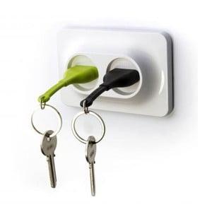 Vešiačik na kľúče so zelenou a čiernou kľúčenkou Qualy Double UnPlug