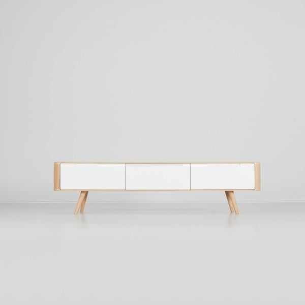 Televízny stolík z dubového dreva Gazzda Ena, 180×42×45 cm