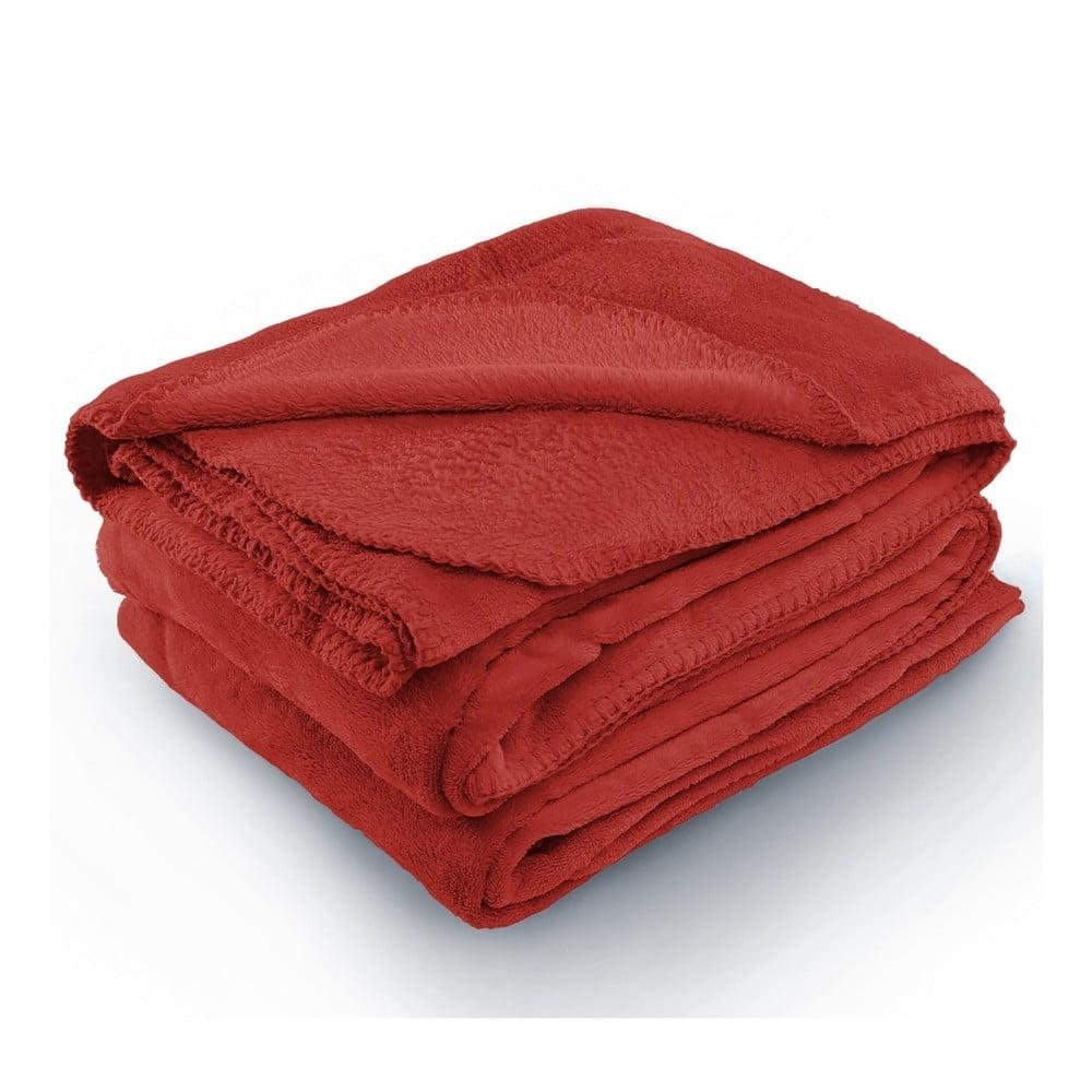 Červená deka z mikrovlákna AmeliaHome Tyler, 220 × 240 cm