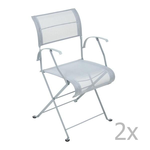 Sada 2 svetlosivých skladacích stoličiek s opierkami na ruky Fermob Dune