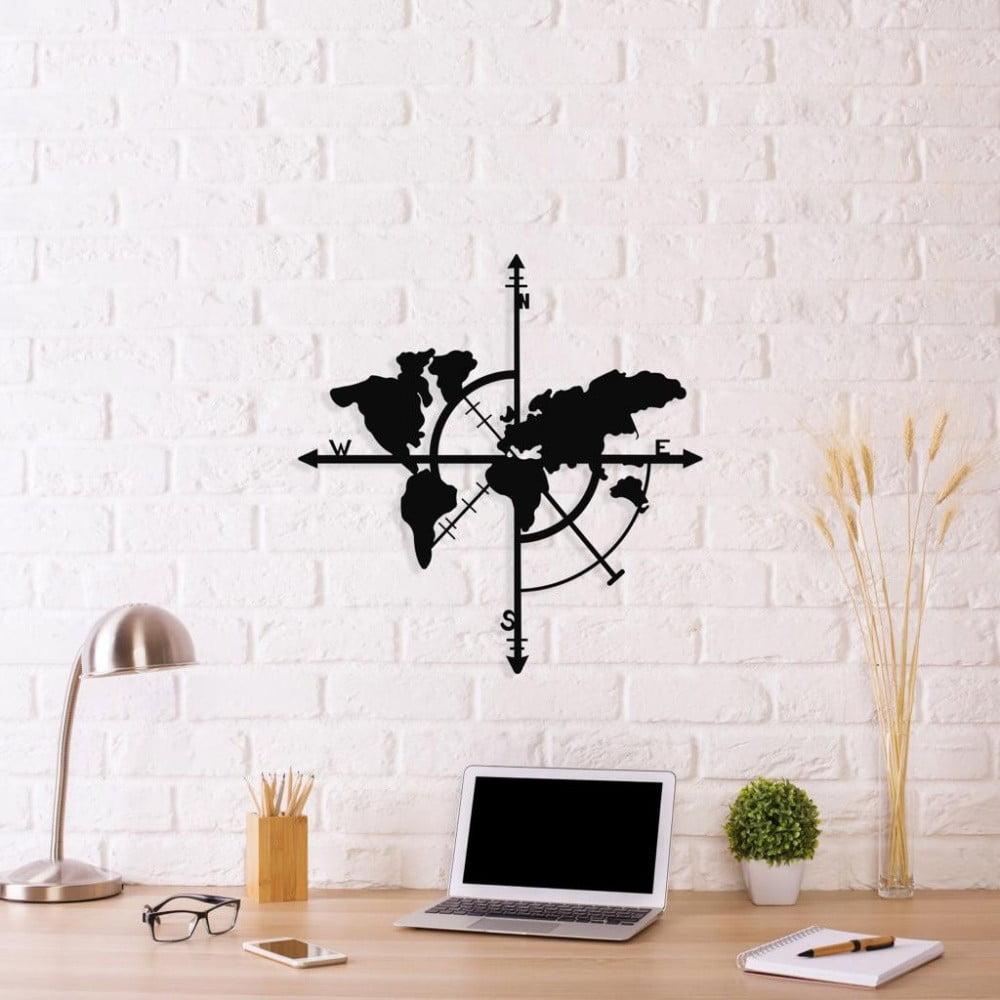 Čierna kovová nástenná dekorácia Compass World Map, 48 × 50 cm