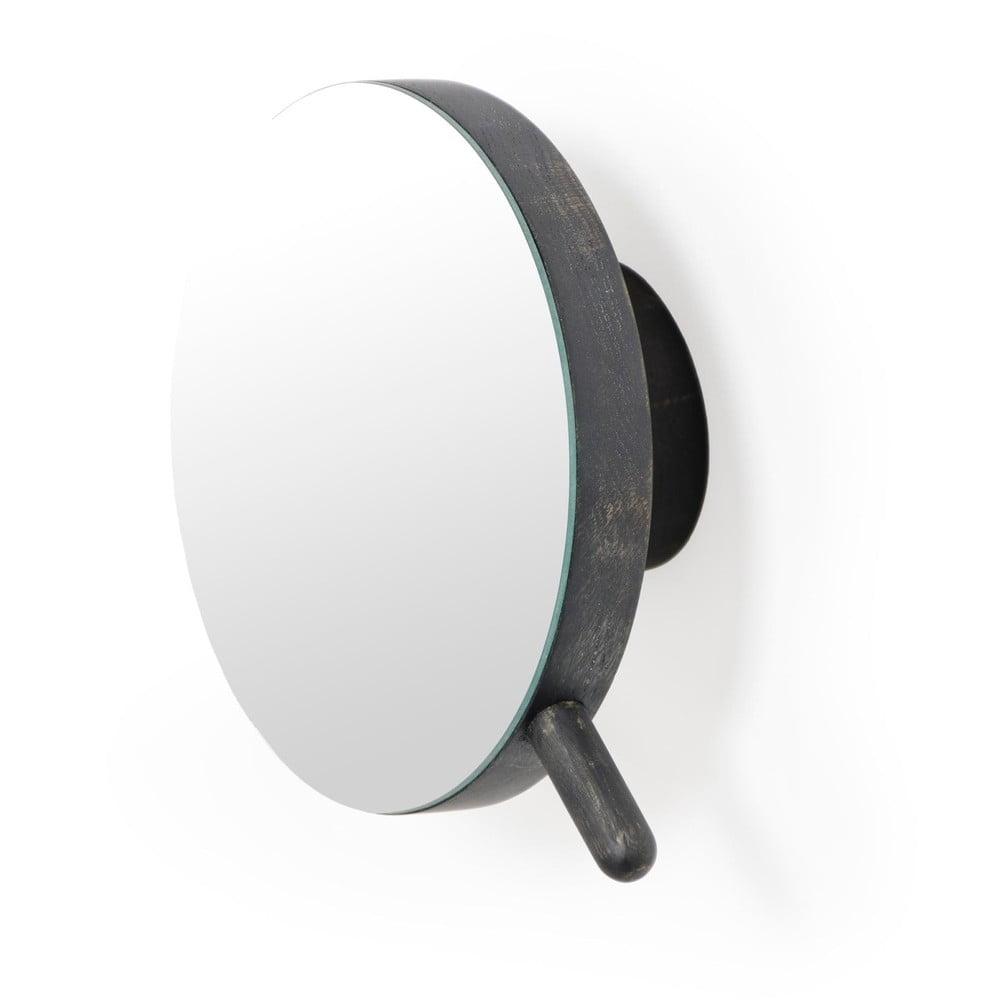 Čierne nástenné kozmetické zväčšovacie zrkadlo z dubového dreva Wireworks Slimline