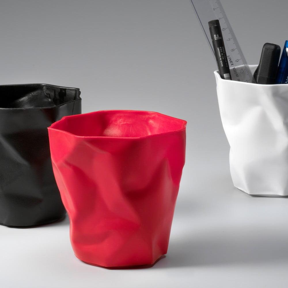 Červený stojan na ceruzky Essey Pen