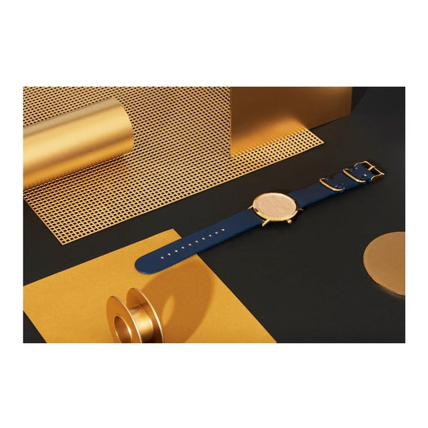 Drevené hodinky s modrým remienkom Analog Watch Co. Classic
